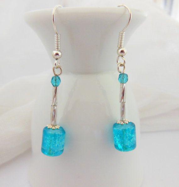 Blue iced glass earrings. Crackle glass earrings in by LeelysBeads, €9.50