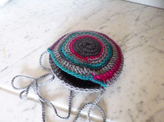 petit sac à spirales rond en bandoulière au crochet, gris, turquoise, fushia, rose, bleu, noir