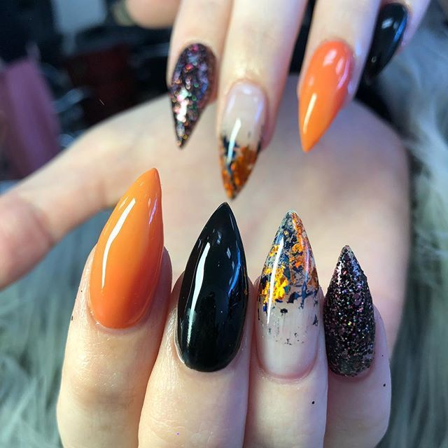 30 Cool And Easy Halloween Nail Art Designs For Women Halloween Nails Easy Halloween Nail Art Easy Cute Halloween Nails