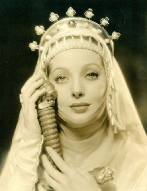 Loretta Young - the Statue of Liberty