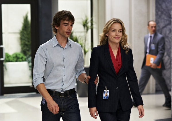 Annie and Auggie in Covert Affairs Man in the Middle review