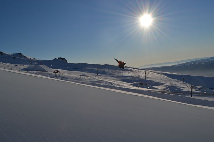 Shredding the Olympic Pipe in August 2014 Yeaboi! :) #snowboard #cardronaparks #bluebird