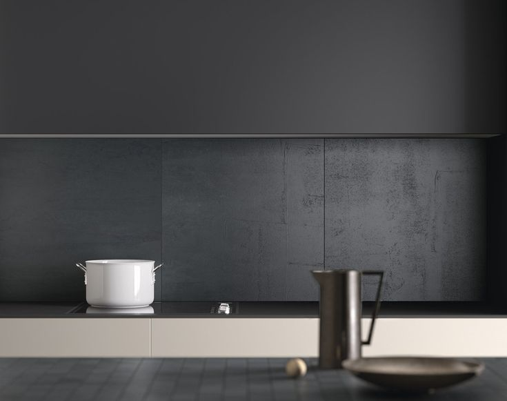Kitchen design #kitchen #interiordesign #black #darkkitchen #blackkitchen #abllaatat #laatat #keittiö #keittiönlaatat #välitila