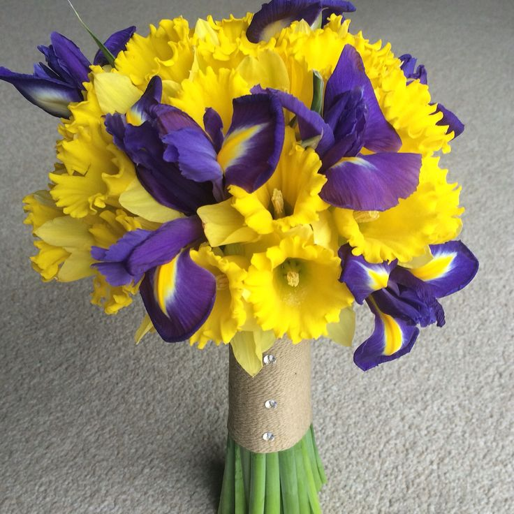 Spring bridal bouquet with daffodils and irises