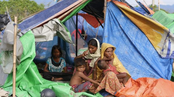 """A Amnistia Internacional publicou um relatório onde descreve as atrocidades cometidas no Estado de Rakhine contra os rohingya. Este Estado é """"uma prisão a céu aberto""""."""