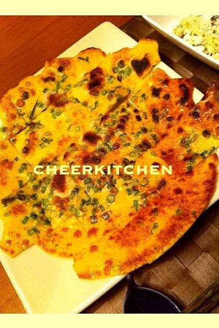昨晩の夕食〜明太子と餅とネギのもちもちチヂミ。が進むとペロッと食べてました。(´౿`) - 17件のもぐもぐ - 昨晩夕食〜*明太子餅もちチヂミ* by CheerKitchen