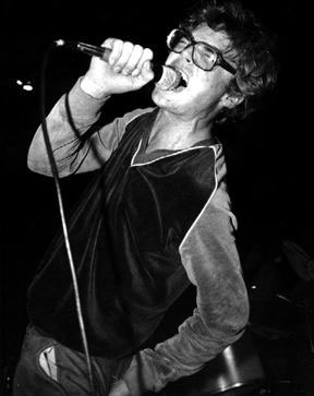 Milo Aukerman, DESCENDENTS