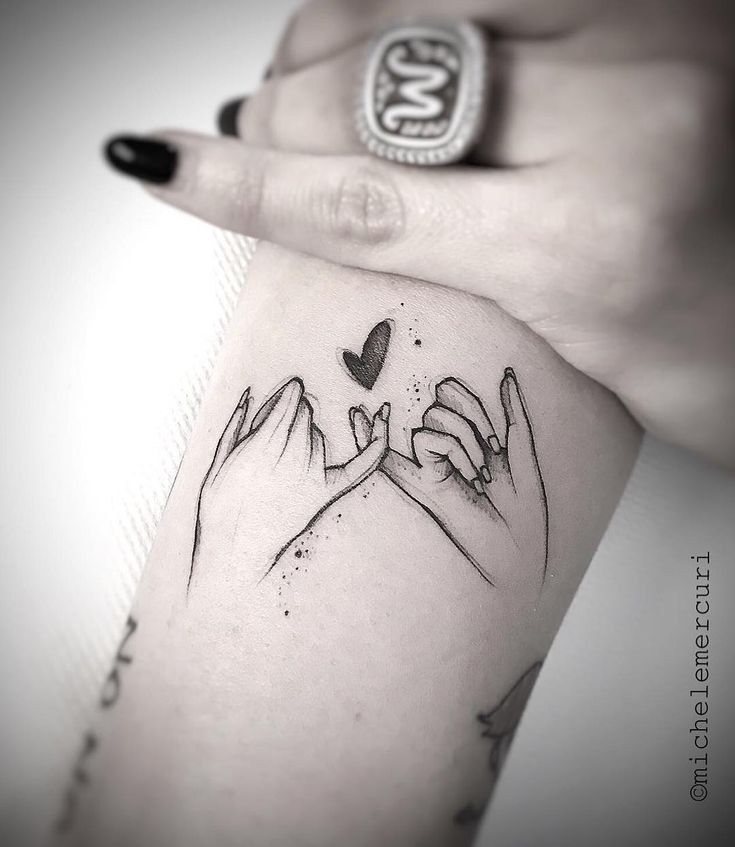 Friend Tattoos – I'd love to get this with my girls  – Tattoo – #Friend #Girls #Love #tattoo #Tattoos