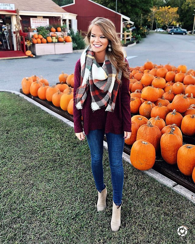 This super cute fall look brought to you by @shopreddress! Scroll over ➡️ to see the back on this pretty top. It's under $30 and scarf is just $22!! ||Had to snap one last pumpkin pic while I can. Can you believe tomorrow is Halloween? This month ser...