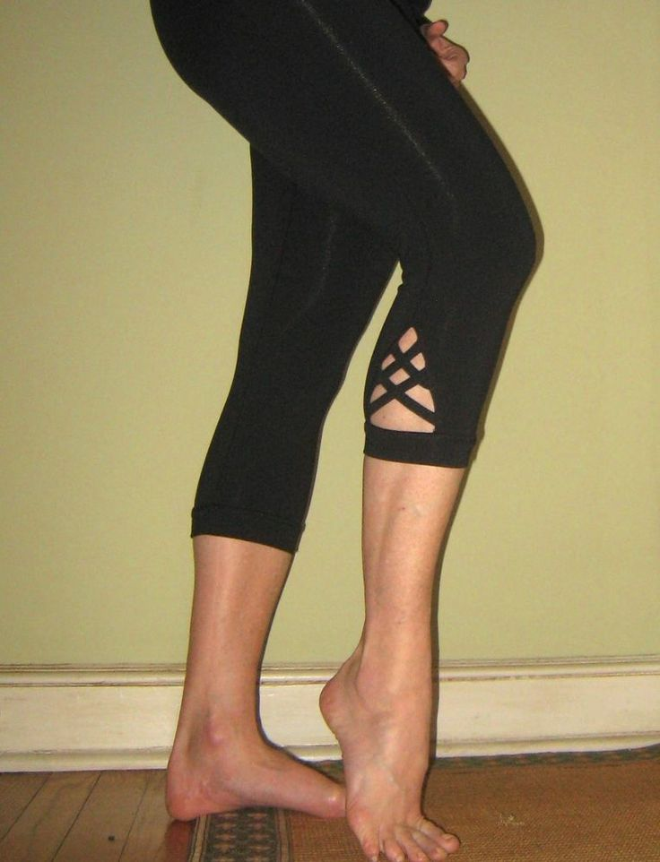 They're Baaaack!!!   And I have more in stock this time.  Kyodan Criss-Cross Cut-Out Crops - Black