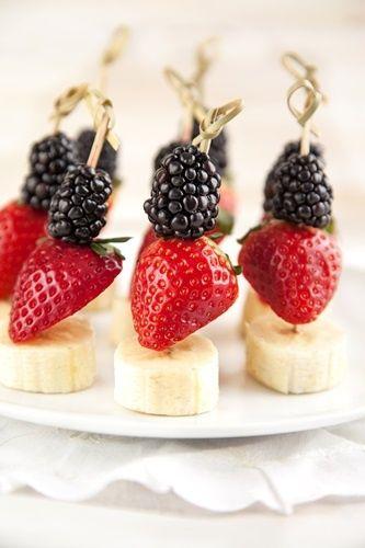 Frutta fresca per il compleanno dei bambini