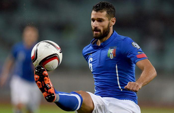 Candreva Dinyatakan Cedera Otot Paha Belakang : Pemain Italia Antonio Candreva tidak mengikuti latihan pada Sabtu (18/6/20216) waktu setempat setelah mendapat cedera otot paha belakang ketika mereka menang tipis 1-0