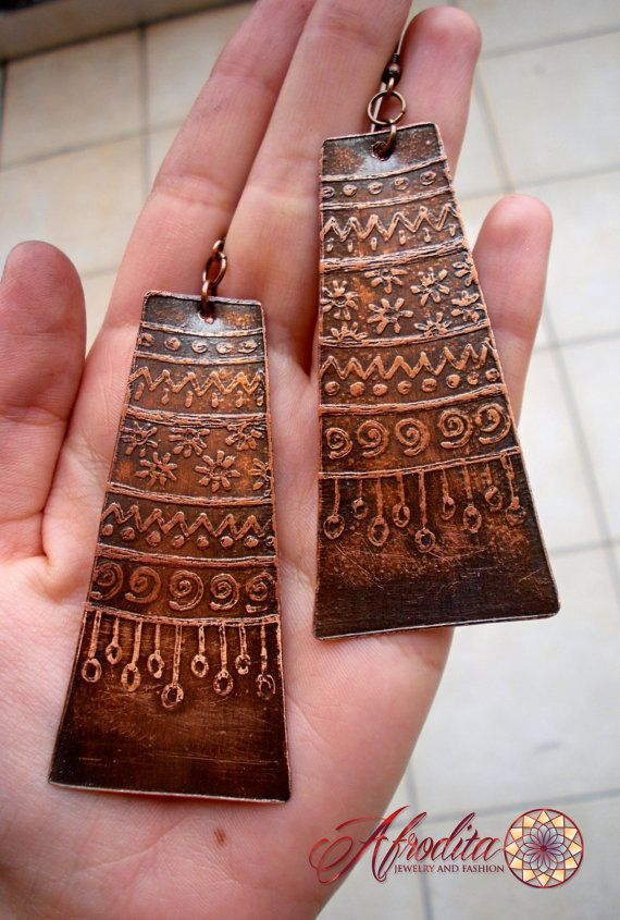 ~ Etched copper earrings, gloss protected.  ~ Made of 100% copper sheet  ~ I drew it inspired by Sun  ~ I am glad to help you with anything, any