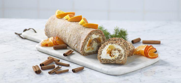 För vinterkvällar |  Vispa ägg och socker pösigt. Blanda malda nötter, mjöl, kryddor och bakpulver. Vänd ner blandningen i äggsmeten tills det blir en jämn smet. Bred ut jämnt på bakpappersklädd plåt.