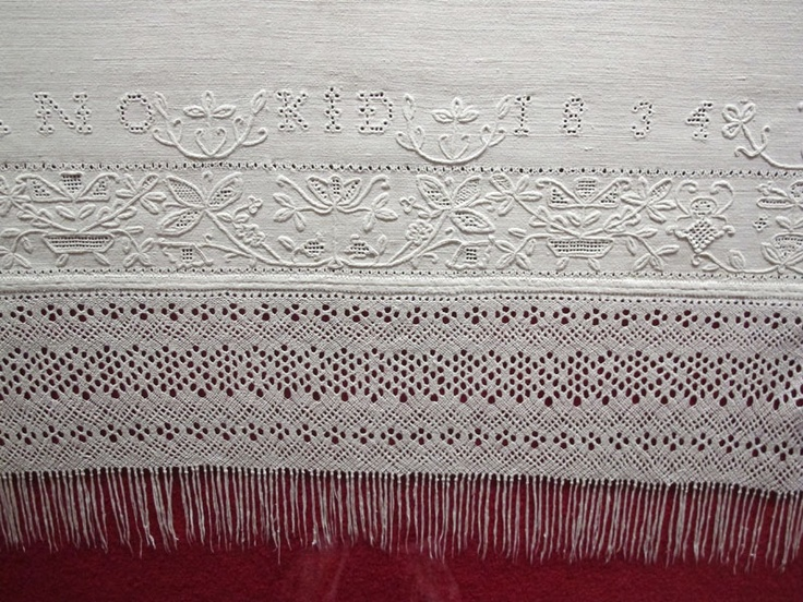 by rios: HEDEBO EMBROIDERY. Hvidsøm and squer cutwork