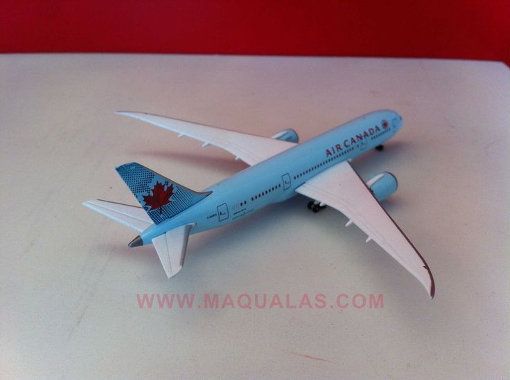 Boeing 787 Dreamliner a escala 1:500 de Herpa