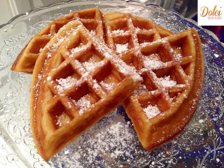 Appena ho ricevuto dall'azienda Kitchenaid la bellissima Waffle Baker non vedevo l'ora di realizzare i Waffle Senza Burro! I Waffle o Gaufre sono dei dolci a cialda, croccanti fuori e morbidi dentro. Vengono cotti fra due piastre roventi che li conferiscono il caratteristico aspetto a grate. Si ritiene che le gaufre abbiano origine nell'antica Grecia […]
