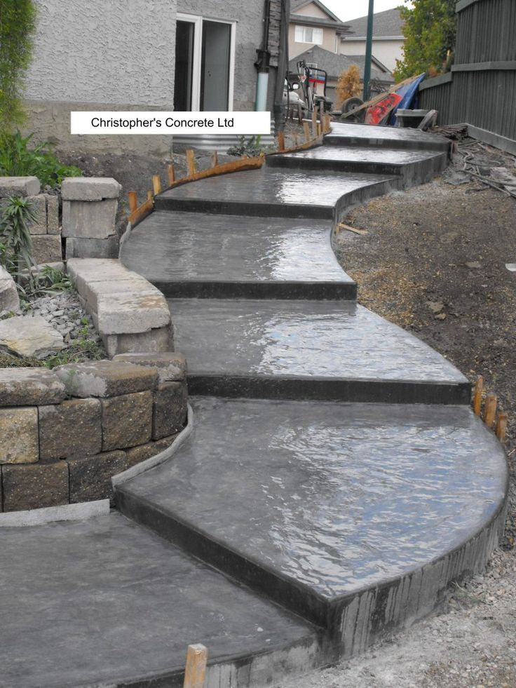 pictures of concrete patios w steps | SIDEWALK - Steps & Curves - Seamless Slate Stamp Finish