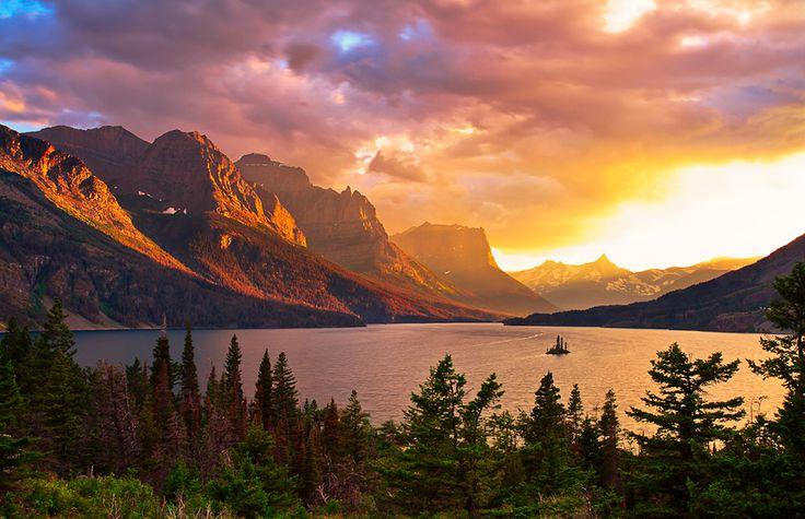 Wild Goose Island, Glacier National Park - photo by Jason Persun via 500px