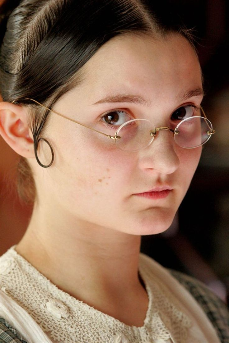 Ruby Bentall (born April 1988) is an English actress, known for playing Minnie in Lark Rise to Candleford and Mary Bennet in Lost in Austen.---------------------------------------------------via screened.com