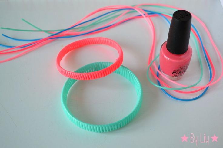 Les Bracelets NEON en Scoubidou de Lily's Little Factory, dans mes couleurs fétiches du moment <3