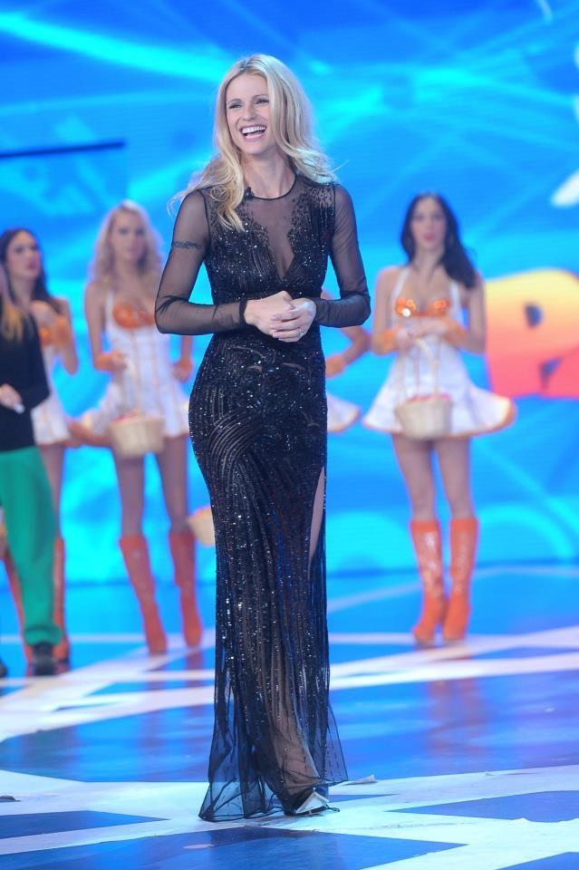 Michelle Hunziker in Versace!