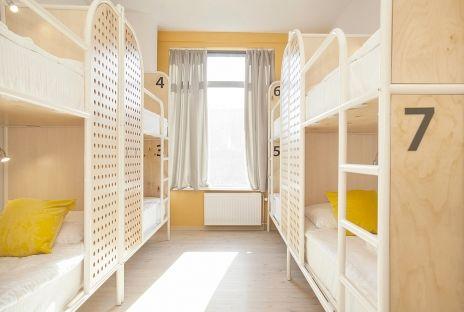 8-местный номер – Отель Хостел «Netizen»