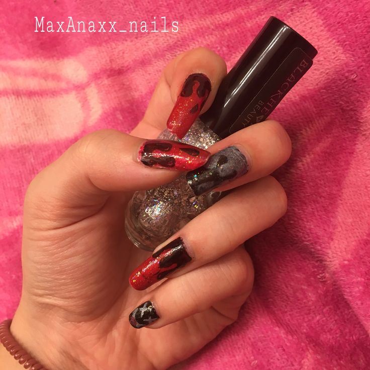 Spooky red Halloween nails