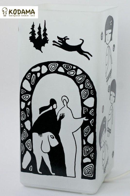 """Светильник """"Лабиринты Ехо, Макс Фрай"""" в каталоге Для дома на Uniqhand - светильник, ручная роспись, лампа, лаковое покрытие"""