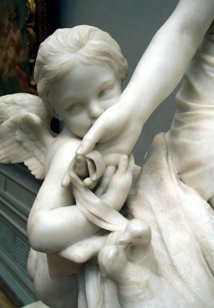 """"""" ♔ French"""" Fiz uma escultura. Esculpi na pedra o amor. . .  ‧:••: ‧:••:  ‧:••:‧:••: ‧:••:  ‧:••: ✴✴✴〰 Sol Holme 〰✴✴✴"""