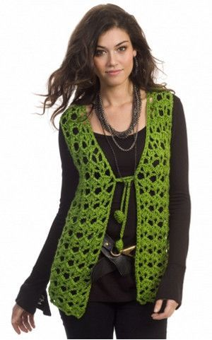 Have yourself a groovy little Christmas with this Hippie Holidays Vest. This free crochet vest pattern has a 1960s inspired look.