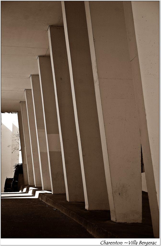 Les 119 meilleures images propos de architecture for Architecture courbe