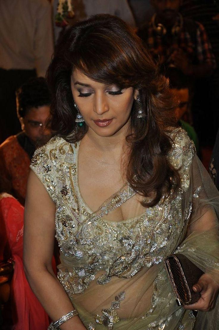 Bollywood Actress Madhuri Dixit wearing Sexy Saree