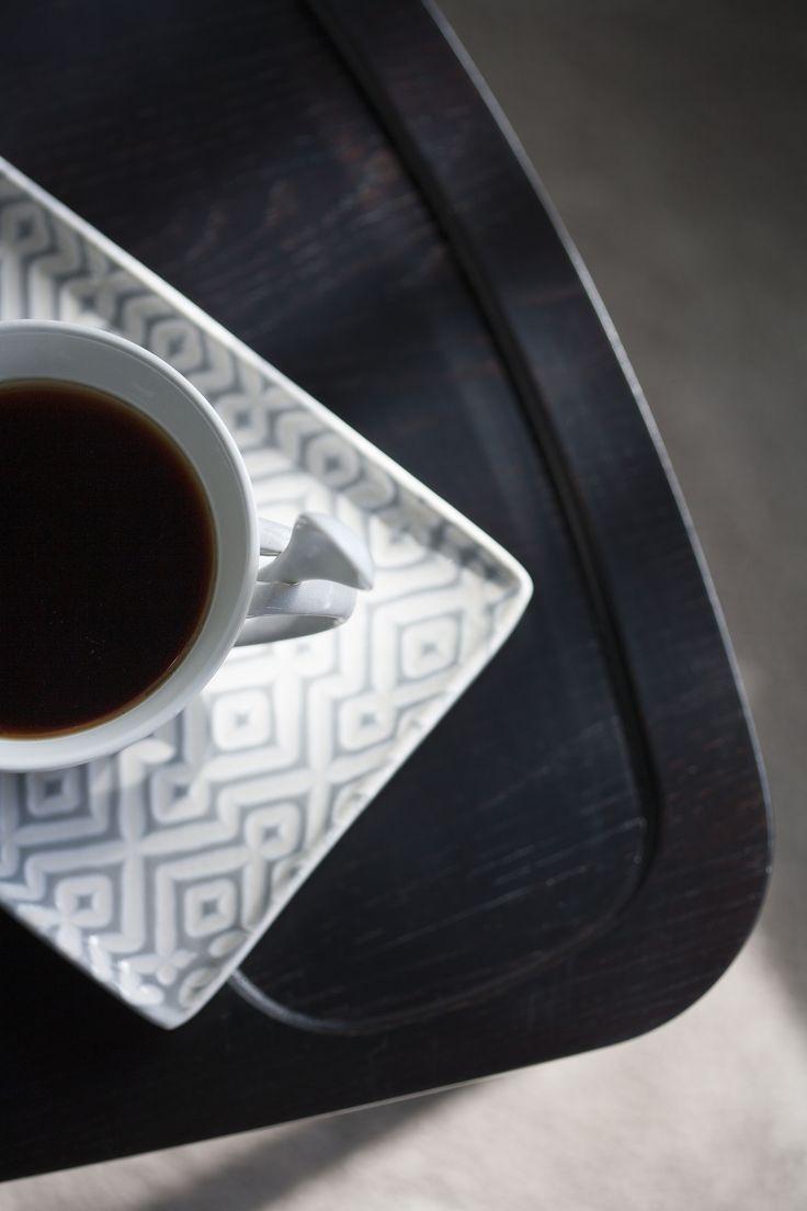 Kahvia aamiaiseksi ☕ | Coffee for breakfast ☕ Malli: Diva sohvapöytä Useita koko- ja värivaihtoehtoja Jälleenmyyjä: Isku-liikkeet  #pohjanmaan #pohjanmaankaluste #käsintehty