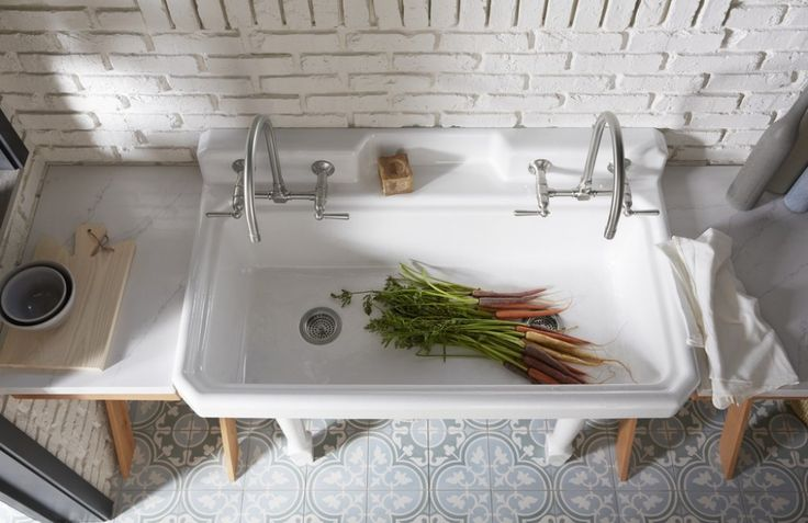 Garden's Edge KitchenFeaturing These Products: