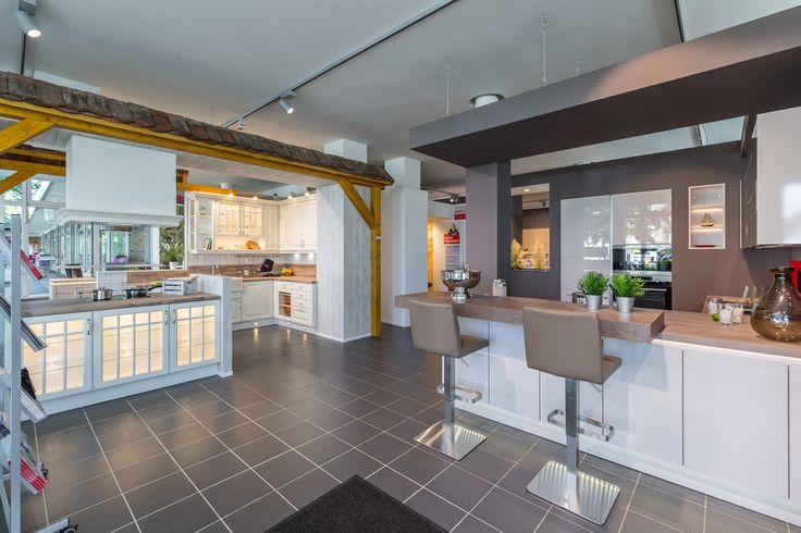 best 25 reddy k chen ideas on pinterest wei en stein kamine k cheneinrichtung mit kochinsel. Black Bedroom Furniture Sets. Home Design Ideas