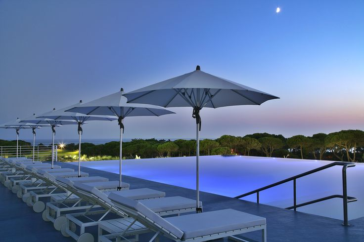 It´s that magical hour #theoitavos , as another beautiful day ends and the sun sets across the immense blue of the ocean.  Book it www.theoitavos.com