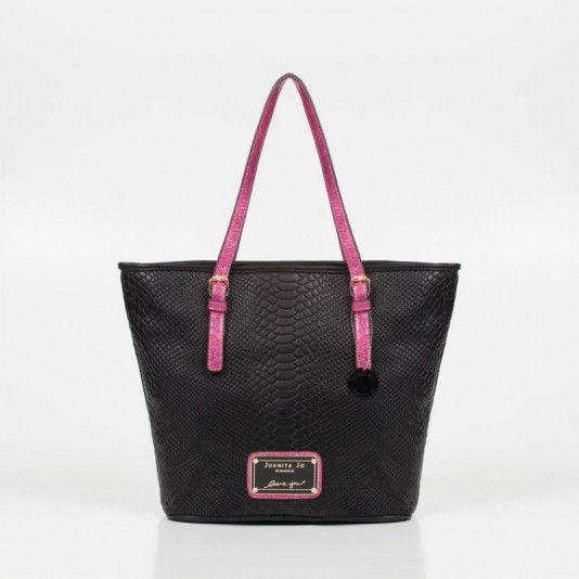 Un must ~ TOTE BAG