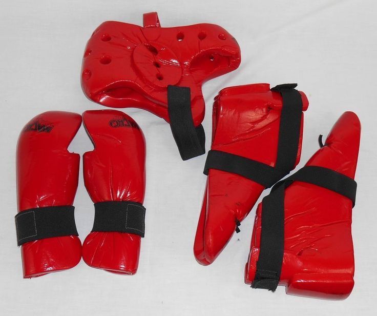 Karate Sparring Gear Adult Red Macho Head Helmet Feet Hands Pads Size 11/12