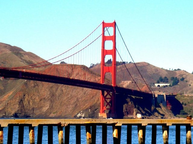Golden Gate Bridge: Golden Gate Bridge, Golden Gates Bridges