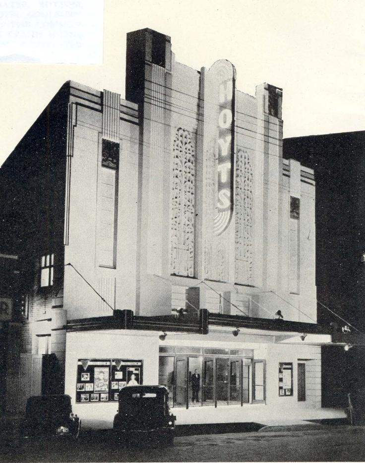 Hoyts Ritz Theatre Goulburn NSW, Australia 1946. ( Since demolished )