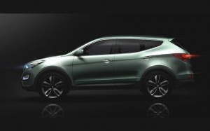 Labeled as the most fuel-efficient automaker by the EPA, Hyundai has been releasing new 2013 models, making the best even better. Newly released is the 2013 Hyundai Santa Fe, which will premiere at the 2012 New York International Auto Show this weekend.