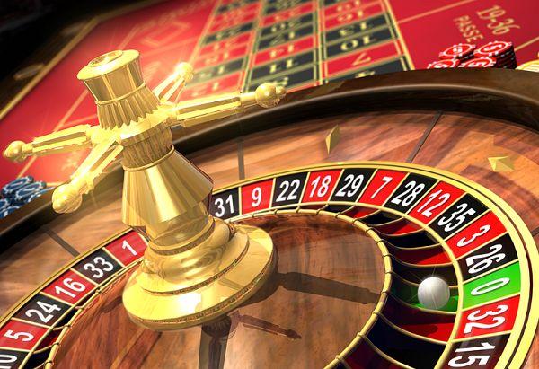 Разновидности рулетки  Считается, что рулетка впервые появилась во Франции, завоевала Европу, затем переправилась через океан. В Америке, жадные владельцы казино добавили дополнительный номер - 00 (Double Zero), что значительно уменьшило шансы на выигрыш.  В настоящее время существуют три вида игры: американская рулетка, европейская рулетка и  французская рулетка. #книга_ра #казино #игры #рулетка #азарт