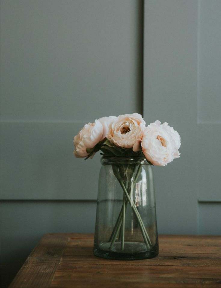 Abigail Ahern Pale Pink Ranunculus Stem at Rose & Grey