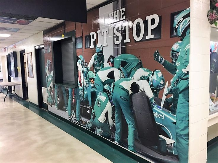 Decals When it comes to decals, we have the answers to all your needs. From tiny hard hat decals to the largest wall murals – hundreds of feet long – we can produce images to suit any requirement.   https://arttec.ca/products/decals-window-graphics-wall-murals