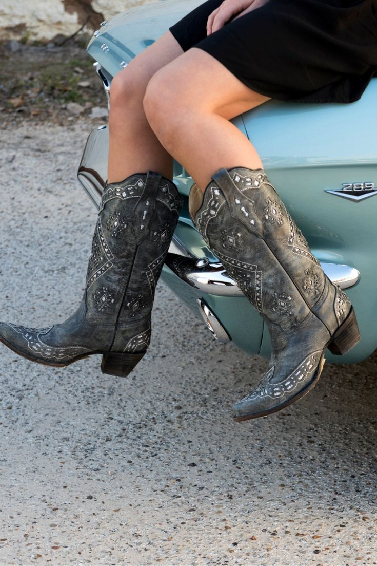 Corral Women's Vintage Charcoal with Silver Sequin Inlay Snip Toe Cowboy Boots