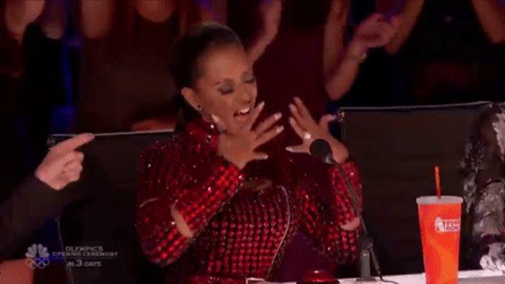 Ellen Degeneres 2017: Mel b and heidi klum show off their singing skills in hilarious videos
