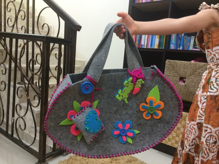 Felt bag for my daughter