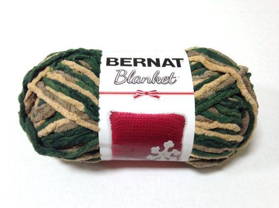 Bernat Blanket Holiday Yarn In Christmas Garland 150 Gram