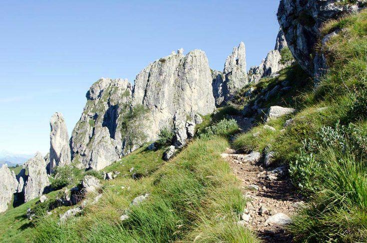 La via più semplice per raggiungere la vetta della Grigna Meridionale detta anche Grignetta.